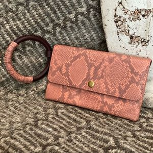 NWT Fossil Flap Leather Wristlet